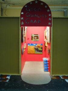 Good Quality Crap: The Warm-up Exercises // Mixed Media // 120 x 240 x 240 cm // 2001