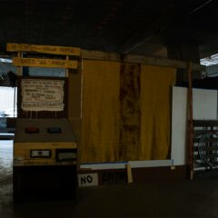 The Corporate Yes - Knows Machine // Wood, Screws, Acrylic Paint // 220 x 100 100 cm // 2010