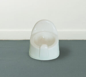 Fun-thing: Urinary Alchemy Back 2 Reality (ALL READY MADE SERIES) // Plastic Potty // 30 x 30 x 30 cm // 2005
