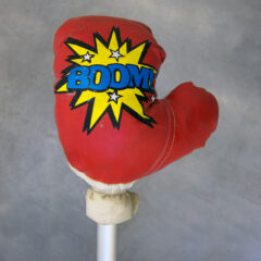 Painter Pop Fizz // Boxing Glove, Tie Wrap, Crutch // 120 x 25 x 15 cm // 2016